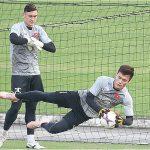 Bùi Tiến Dũng: 'Luôn sẵn sàng, chờ cơ hội thể hiện tại AFF Cup'