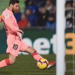 Barca hơn Real 10 điểm ở La Liga