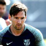 Messi cạo râu sau khi lập hat-trick ở Champions League