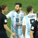 Đánh bại Messi, Modric giành giải Cầu thủ hay nhất 2018 của IFFHS