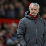 Ryan Giggs khuyên Man Utd không nên sa thải Mourinho