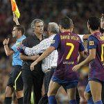 Iniesta: 'Mourinho làm tổn hại đội tuyển Tây Ban Nha'