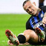 Inter mất ngôi sao tuyến giữa khi gặp Barca