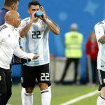 Nhà báo Argentina tiết lộ vụ Messi lật HLV Sampaoli ở World Cup