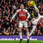 Arsenal thắng nhờ bàn kiểu xe đạp chổng ngược của Torreira