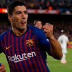 Suarez lập kỳ tích trong 24 năm với cú hat-trick vào lưới Real