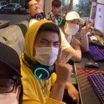 Karik khoe video quẩy Yasuo cực căng với team Rap Việt