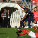 Kylian Mbappe bị treo giò ba trận ở giải Ligue 1