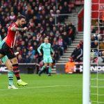 Arsenal thua đội áp chót bảng, đứt mạch bất bại