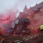 Man City gắn camera giám sát trên xe buýt khi tới Liverpool