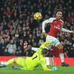 Aubameyang nổ súng, Arsenal đè bẹp Everton