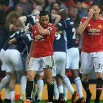 Man City vô địch Ngoại hạng Anh nhờ Man Utd thua đội bét bảng