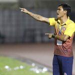 HLV Phan Văn Tài Em ra mắt sân nhà bằng trận thua ngược ở V-League