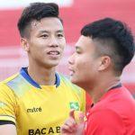 Trần Phi Sơn: 'Tôi chịu áp lực khi tái ngộ SLNA'