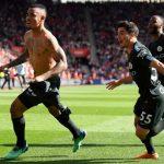 Man City cán mốc 100 điểm nhờ bàn thắng phút bù giờ thứ tư