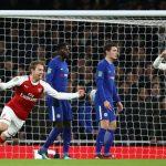 Arsenal đánh bại Chelsea, tiến vào chung kết Cup Liên đoàn Anh