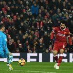 Salah vượt thành tích Suarez, Liverpool leo lên nhì bảng
