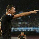 Roma thắng đậm Napoli, giúp Juventus tới gần đỉnh bảng Serie A