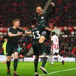 David Silva lập cú đúp, Man City cách chức vô địch hai trận thắng