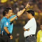 HLV Trần Minh Chiến bị cấm chỉ đạo hai trận ở V-League