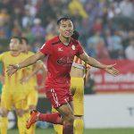 CĐV Nam Định bỏ về sớm khi đội nhà thất bại trước đội bóng của HLV Miura