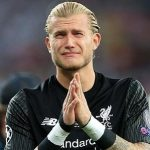 Scholes chỉ trích việc Salah, Karius khóc trên sân