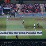 Khán giả được nhờ làm trọng tài ở trận đấu của Tottenham