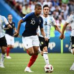 Suarez: 'Uruguay có thể bắt chết Mbappe'