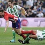 Barca chỉ còn cách chức vô địch La Liga một điểm