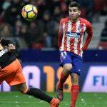 Đánh bại Valencia, Atletico rút ngắn cách biệt với Barca