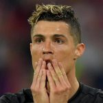 Ronaldo lập kỷ lục Champions League, dù tịt ngòi trước Bayern