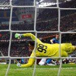 Donnaruma cản bước Napoli, Juventus rộng cửa vô địch Serie A