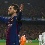 Messi được ví với chúa trời sau cú đúp vào lưới Chelsea