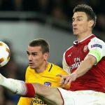 Wenger không trách Koscielny trong bàn thua của Arsenal