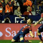 Levante chấm dứt giấc mơ bất bại của Barca trong trận đấu có chín bàn