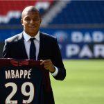 Man City chuẩn bị cuỗm Mbappe, nếu PSG bị UEFA phạt