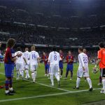 Real có nguy cơ phải xếp hàng vỗ tay mừng Barca vô địch