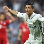 Ronaldo là ác mộng với những ông lớn bóng đá Đức