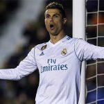 Victor: 'Real Madrid mất phong độ vì tự mãn'
