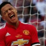 Sanchez thừa nhận khó hòa nhập với phong cách của Mourinho