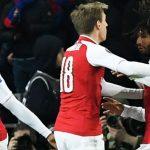 Arsenal suýt đi theo vết xe đổ của Barca