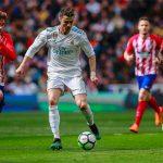 Ronaldo và Griezmann khiến derby Madrid bất phân thắng bại