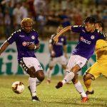 Khủng hoảng nhân sự đe doạ kỷ lục bất bại của Hà Nội ở V-League