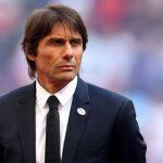 Conte trở lại sân tập Chelsea với tương lai bất định
