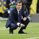 HLV Valverde: 'Barca phải chịu quả phạt đền vô hình'