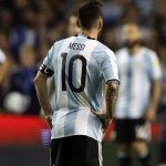 Kempes: 'Ai cuồng Maradona mới mong Messi nghỉ World Cup'