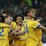 Juventus thắng với tỷ số quần vợt, thu hẹp cách biệt với Napoli