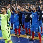 Griezmann và Giroud giúp Pháp giành vé dự World Cup 2018