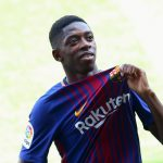 Dembele tươi rói, nhận số áo Neymar từ Chủ tịch Barca