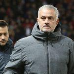 Mourinho khiến 50 nhân viên Man Utd mất Giáng sinh